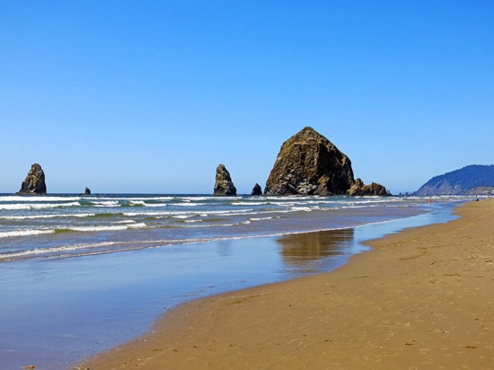 Cannon Beach, Oregon by Jets Like Taxis