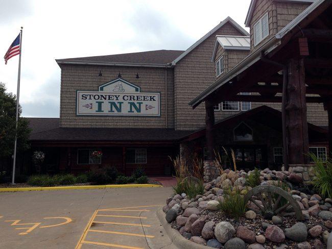 Stoney Creek Inn in La Crosse, Wisconsin by Jets Like Taxis