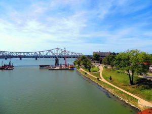 Louisville, Kentucky by Jets Like Taxis