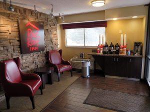 Red Roof Inn in Louisville, Kentucky by Jets Like Taxis