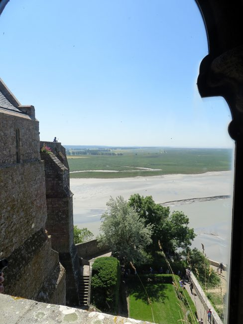 Mont Saint-Michel by Jets Like Taxis