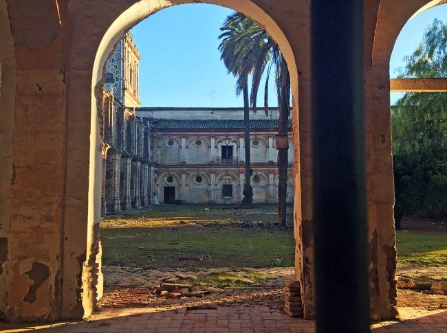 Monasterio de San Isidoro del Campo by Jets Like Taxis